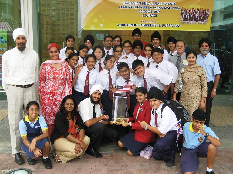 Sri Dasmesh bags Silver Prize